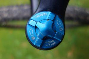 instelknop travel voorvork mountainbike