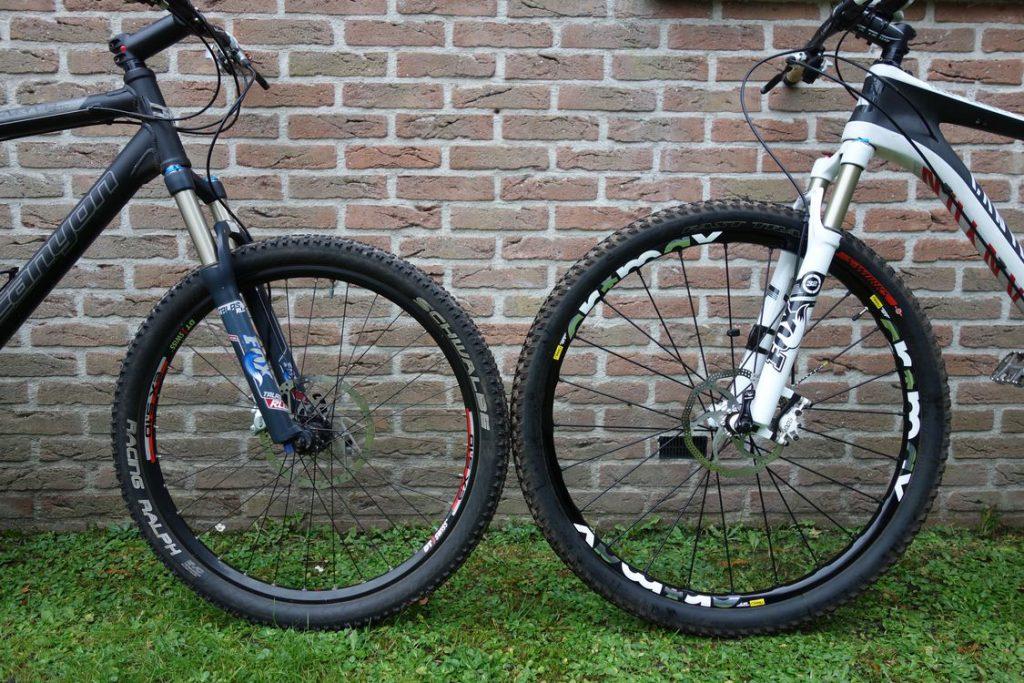 Kiezen Tussen Een 29 Inch 26 Inch Of Een 275 Inch Mountainbike