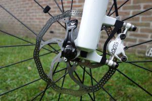 Mountainbike schijfrem geperforeerd
